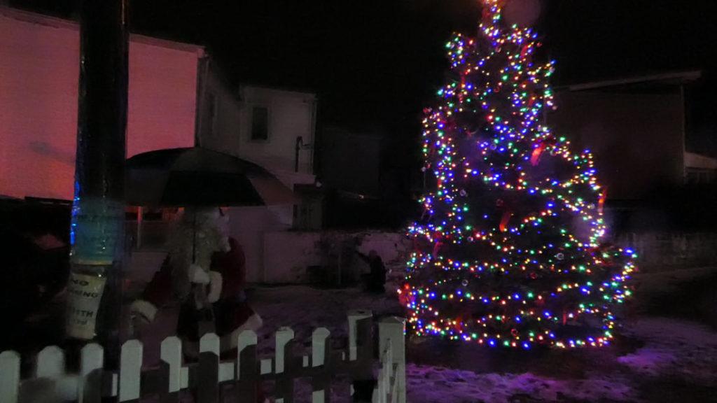 Mahanoy City Christmas Tree Lighting 2020 Mahanoy City braves elements for tree lighting – The Shenandoah